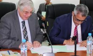 توقيع اتفاقية التعاون بين البحث الزراعي والمركز الغربي-الألماني