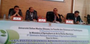 Dr J. Charafi et Dr A. Nabloussi (à gch) à la tribune de présidence du 1er séminaire national scientifique d'agriculture, Beni Mellal le 02 juin 2015