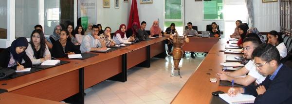 Des étudiantEs de l'ENA Meknès suivant un séminaire au CRRA Meknès le 05 mai 2017