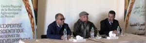 Dr Abdellah Kajji (au centre) présidant l'ouverture de la journée