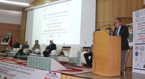 Dr A. Bentaïbi (Chef du CRRA Meknès) représentant le Directeur de l'INRA à l'ouverture de AMAS Conference, Meknès 09 mai 2018