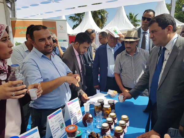 Visite de la délégation officielle au stand INRA au Festival National des Figues, Tanounat 19 sept 2018